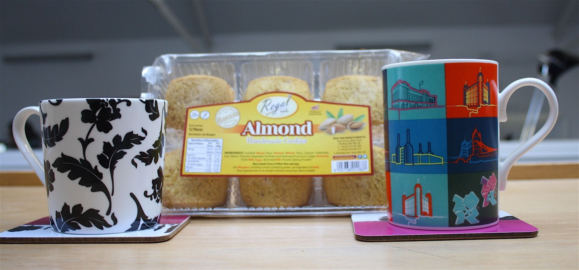 Regal Almond Cookies Dunking Challenge