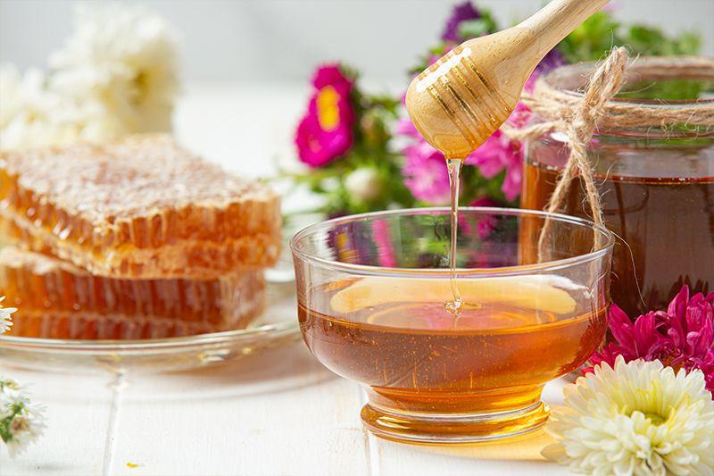 The Benefits of Eating Natural, Organic Honey